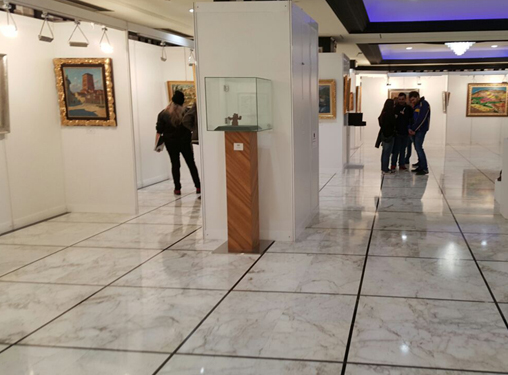 Galería de Arte llevó a Bilbao 180 obras de maestros del arte contemporáneo español.